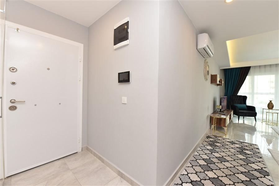 Просторная двухкомнатная квартира с мебелью - Фото 1