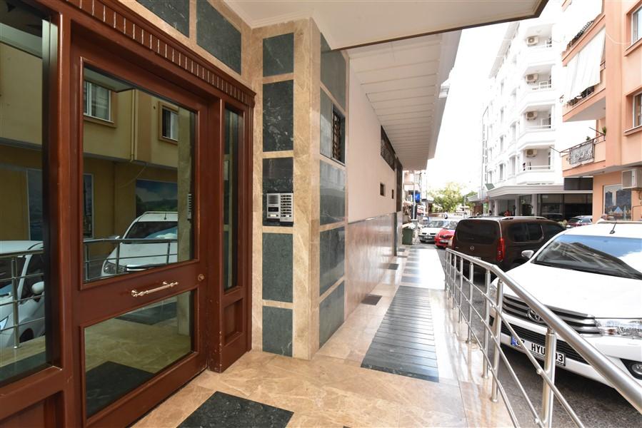 Двухуровневый пентхаус 4+1 с мебелью в центре Аланьи - Фото 1