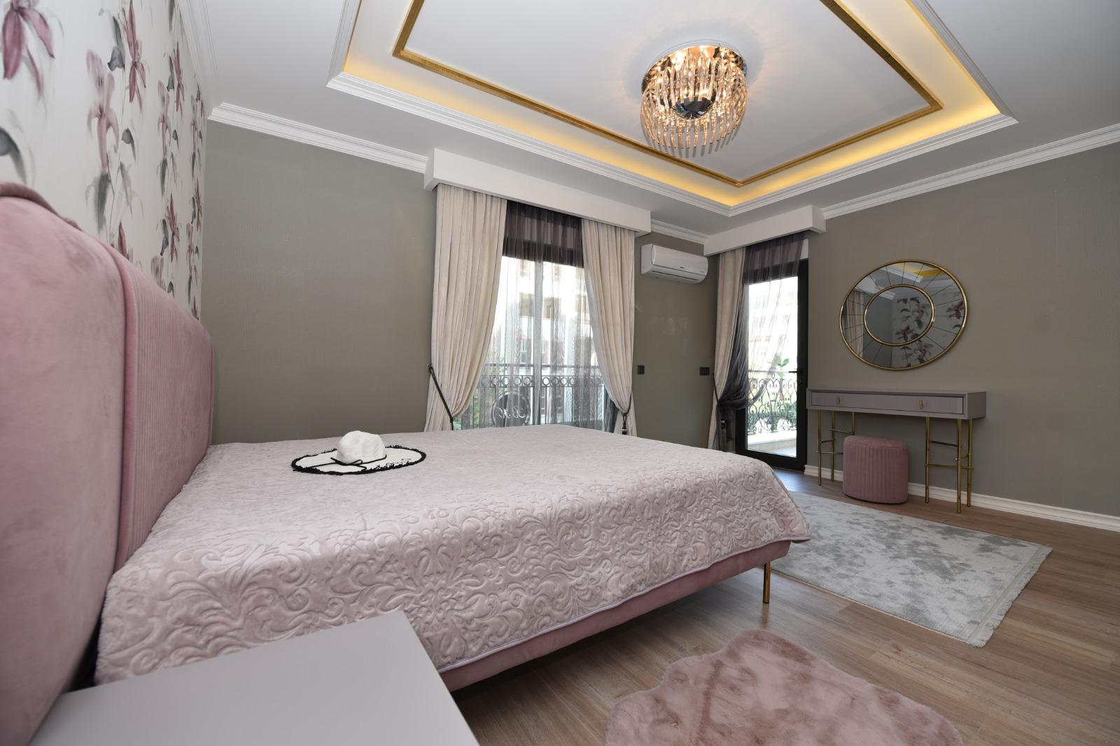 Роскошная трёхкомнатная квартира с мебелью - Фото 21