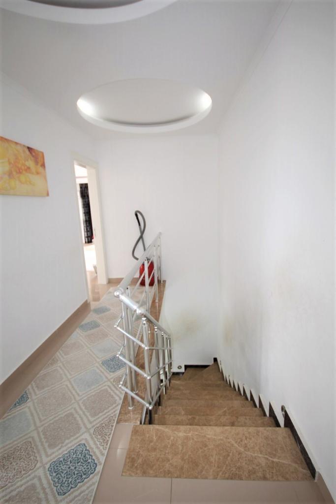 Просторный меблированный пентхаус 2+1 в районе Кестель - Фото 22