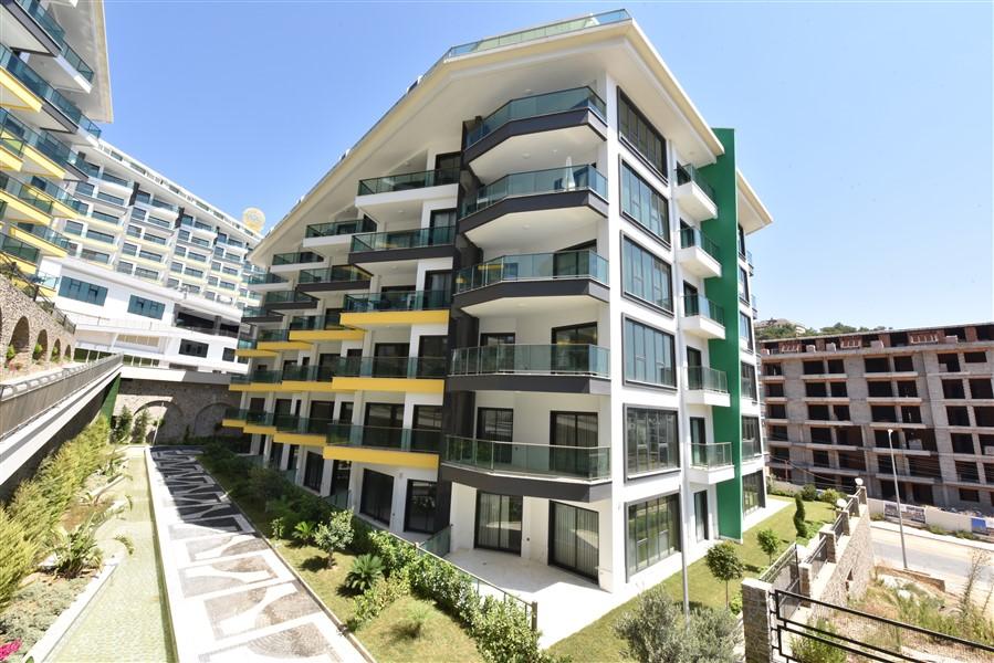 Двухкомнатная квартира с видом на Средиземное море