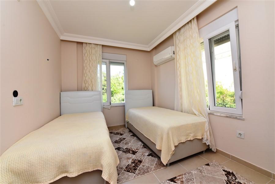 Двухуровневая вилла 3+1 с мебелью в районе Каргыджак - Фото 26