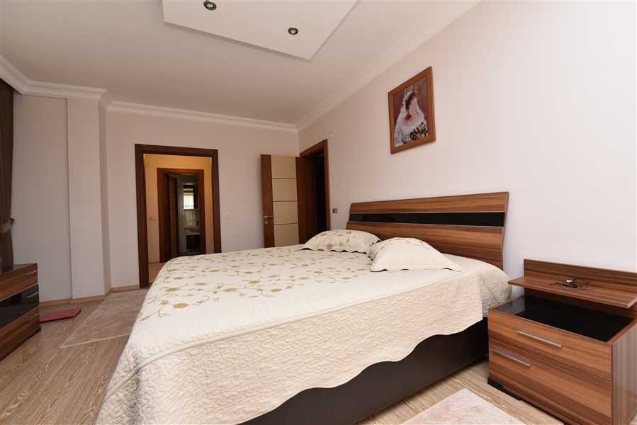 Просторная квартира 3+1 с мебелью в Аланье - Фото 28