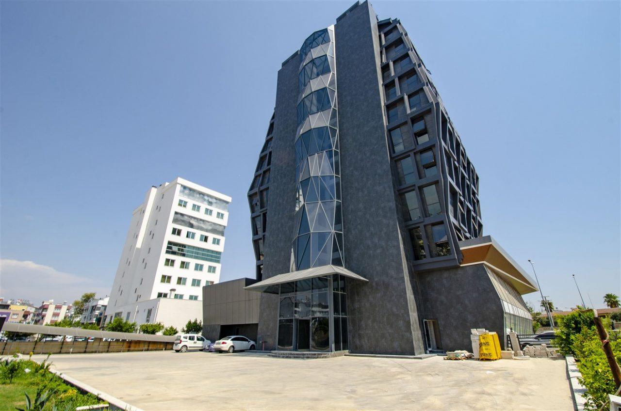 Офисы и магазин планировкой 2+1 в Кепезe - Фото 1