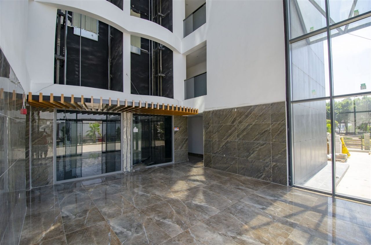 Офисы и магазин планировкой 2+1 в Кепезe - Фото 3