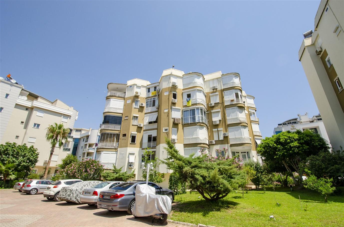 Квартира 1+1 с мебелью в районе Лиман Коньяалты Анталия - Фото 2