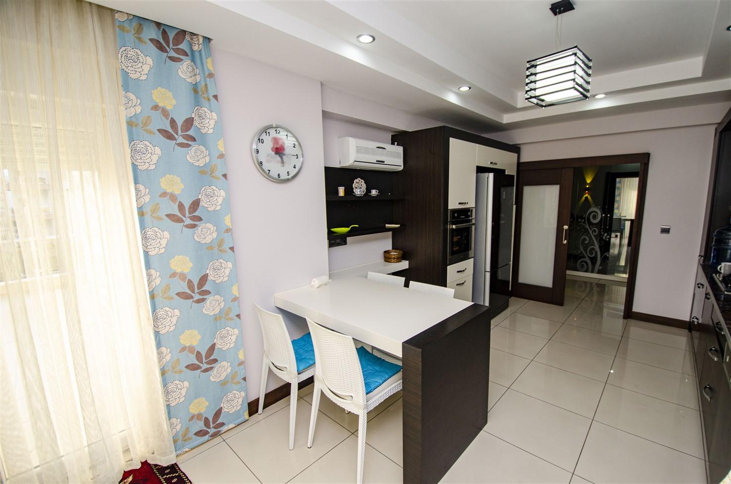 Квартира 3+1 с мебелью в 5 минутах от моря - Фото 25