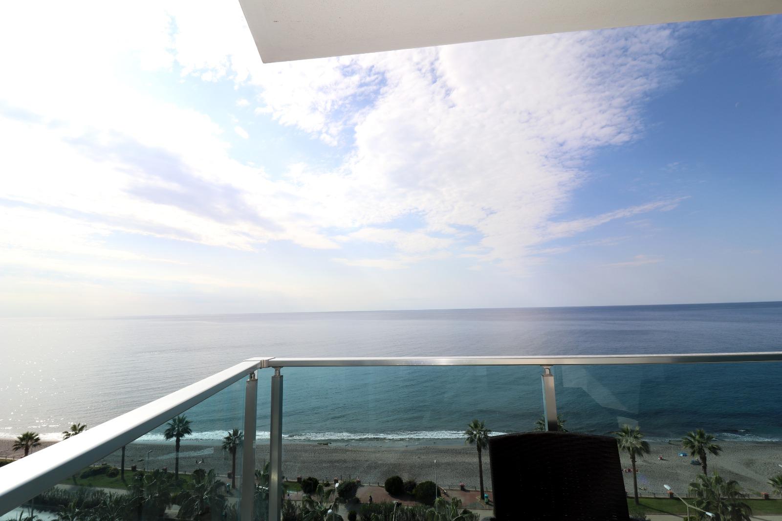 Меблированная квартира 1+1 с панорамным видом на Средиземное море - Фото 18