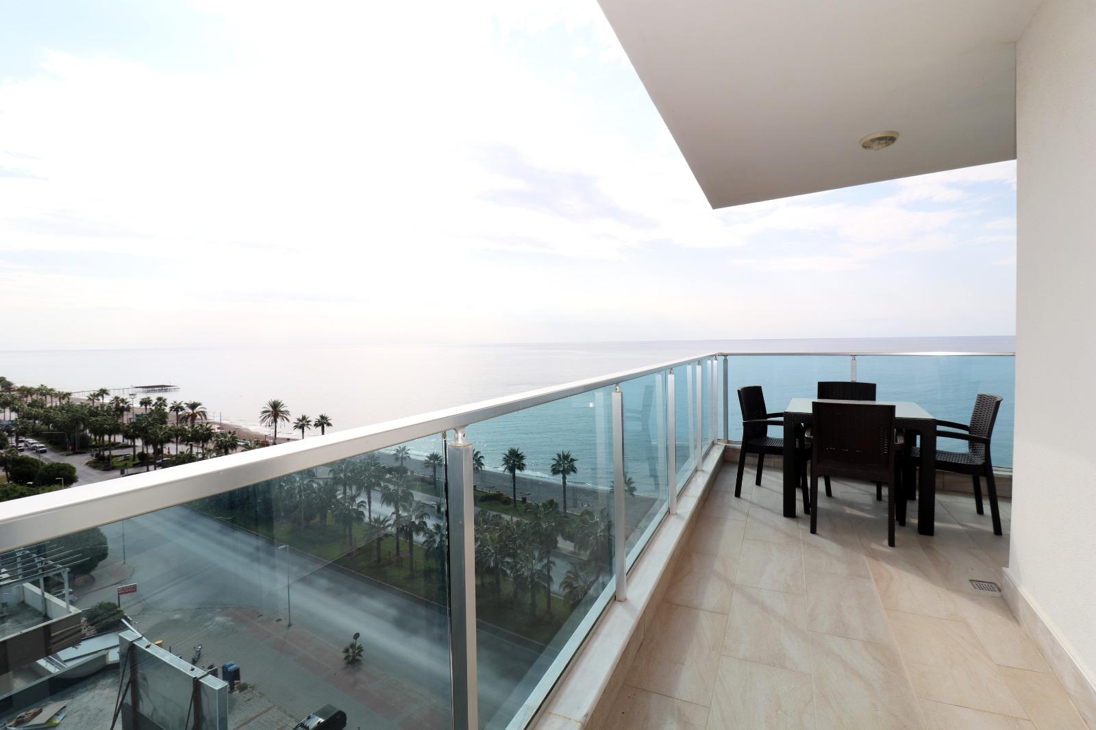 Меблированная квартира 1+1 с панорамным видом на Средиземное море - Фото 17