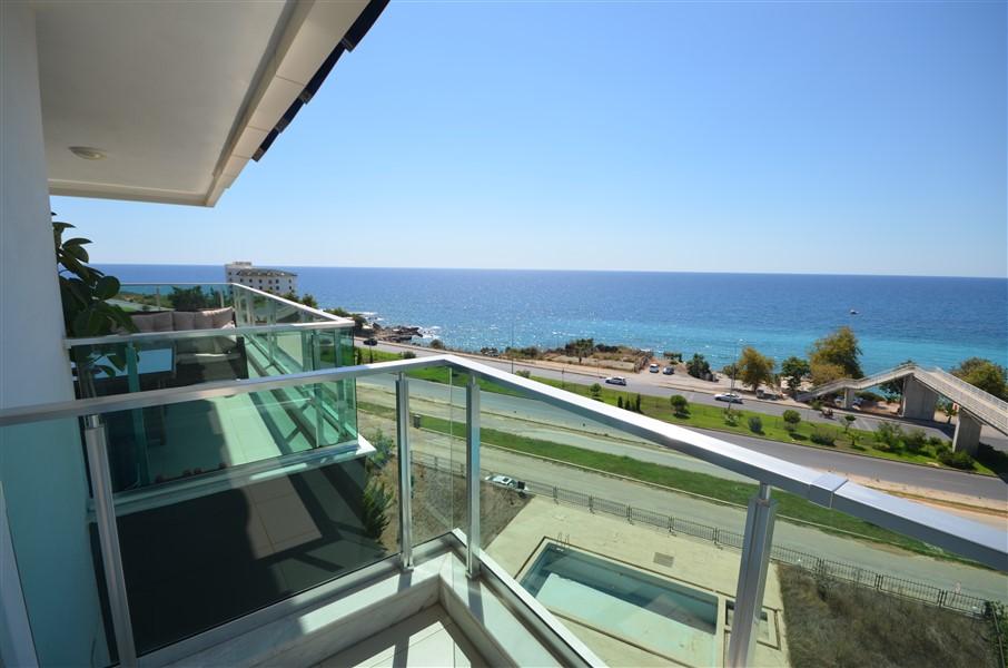 Роскошный двухуровневый пентхаус 3+1 с видом на Средиземное море. - Фото 25
