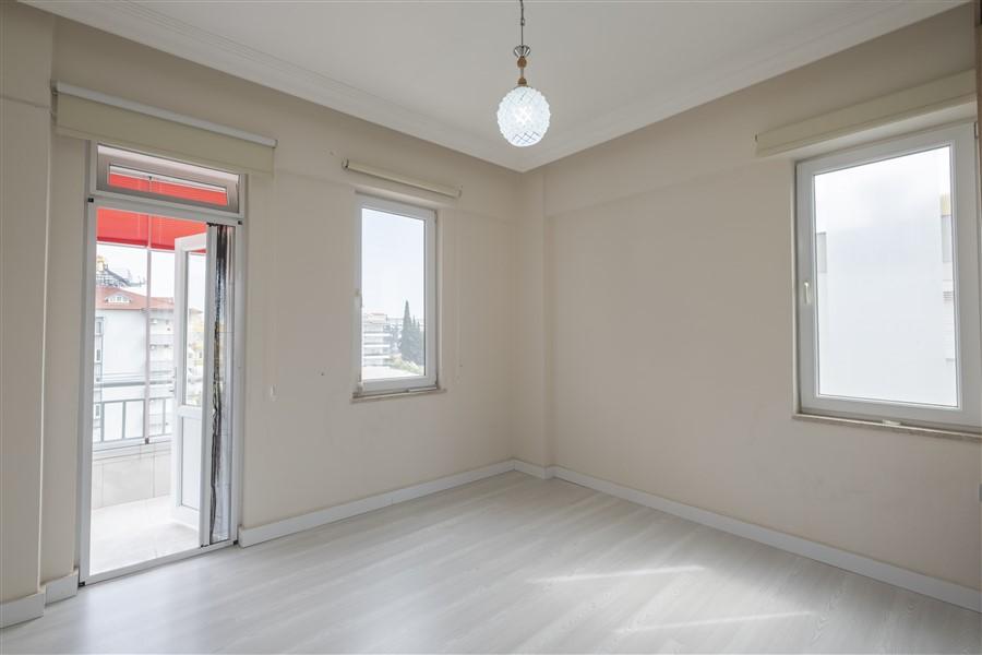 Трёхкомнатная меблированная квартира в районе Оба - Фото 18