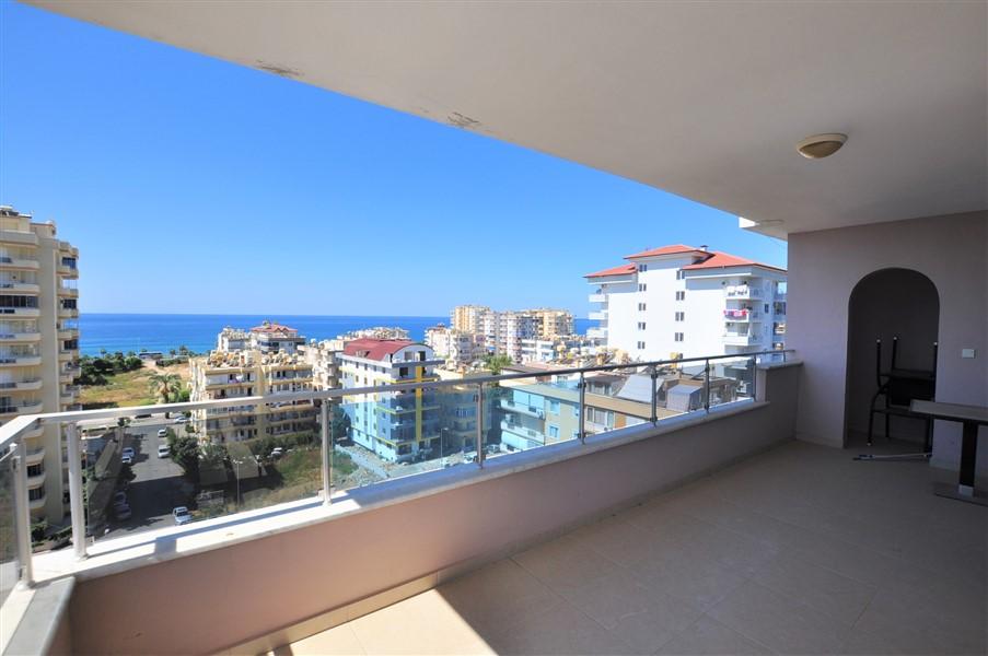 Квартира 1+1 с видом на Средиземное море