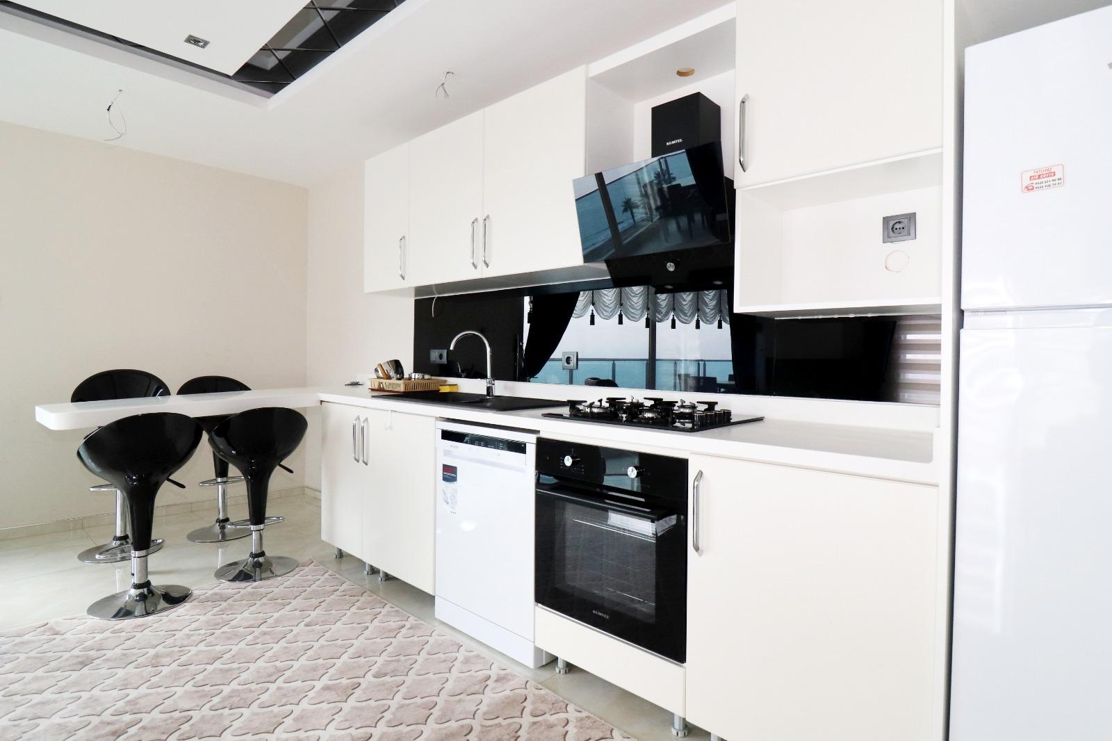 Меблированная квартира 1+1 с панорамным видом на Средиземное море - Фото 8