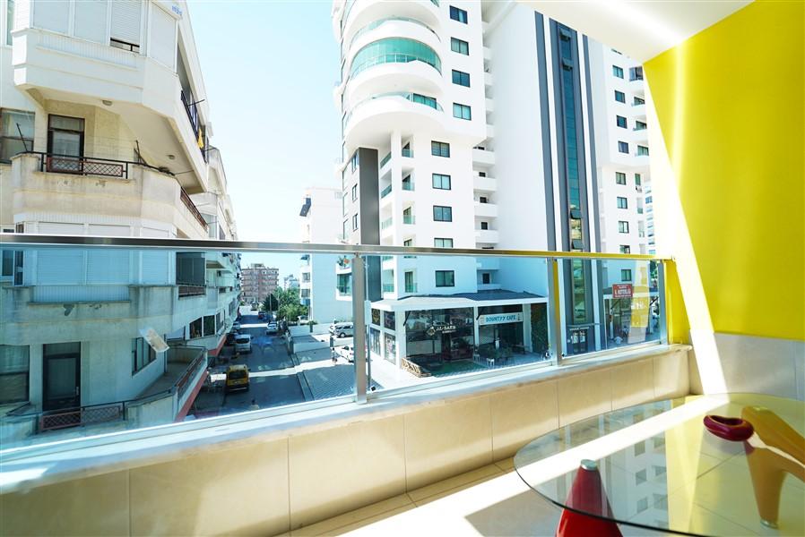 Двухкомнатная квартира с мебелью в центре района Махмутлар. - Фото 19