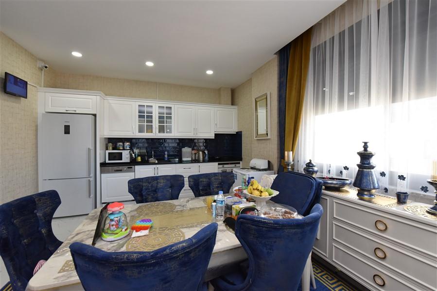 Трёхкомнатная квартира с мебелью в 50 метрах от пляжа. - Фото 15