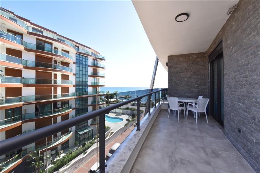 Трёхкомнатная квартира с мебелью в 50 метрах от пляжа. - Фото 31