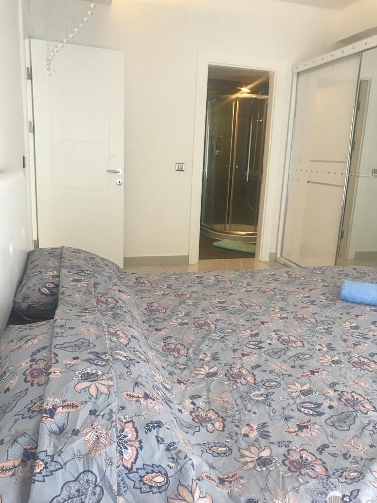 Трёхкомнатная квартира с мебелью в роскошном жилом комплексе. - Фото 16